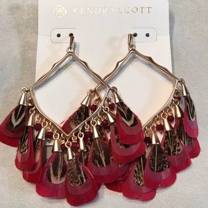 Kendra Scott Raven Maroon Earrings
